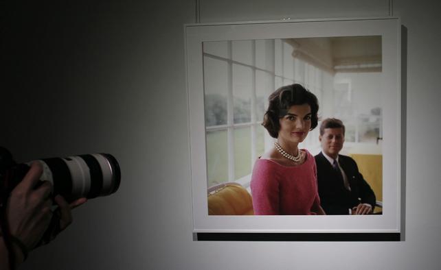 """EXPOSICION DE FOTOGRAFÍAS REALIZADAS POR MARK SHAW, """"LA SOMBRA"""" DE KENNEDY DURANTE 25 AÑOS"""